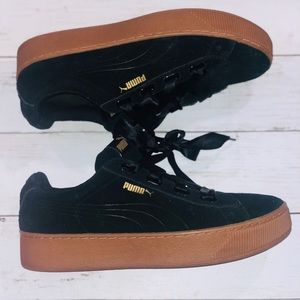 Puma Women's Suede Black Sneakers 9